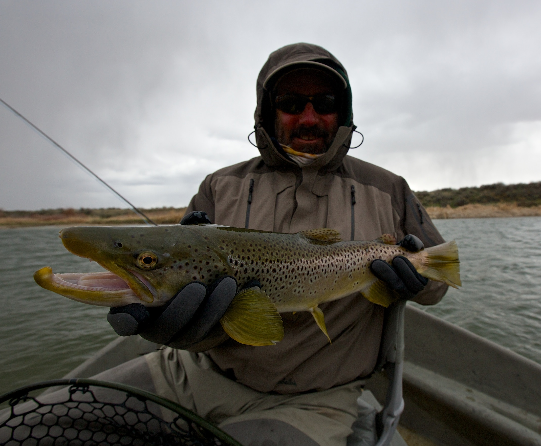 Grey reef fly fishing report north platte lodge for Miracle mile fishing report